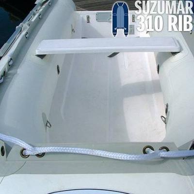 Suzumar DS 310 RIB mit festem GFK-Boden